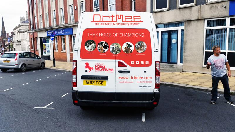IDEA UK Design Drimee Van Sign Writing 6